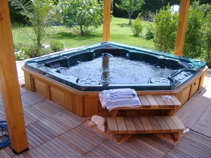 Nashville Kitchen & Custom Bath Home Remodeling Pros-Jacuzzi and Spa Tubs